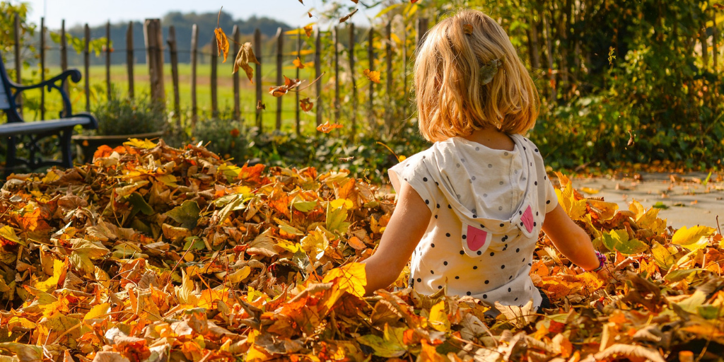 10 WAYS TO KEEP KIDS ENTERTAINED DURING THANKSGIVING BREAK