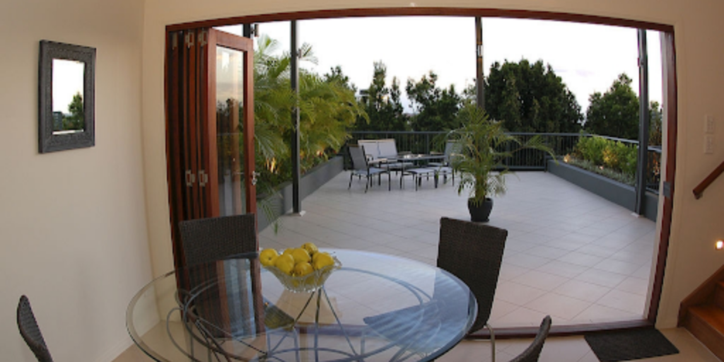 Things To Check Before Hiring Service Provider For Custom Bifold Doors